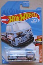 Hot Wheels 2018 HW Hot Trucks VOLKSWAGEN T2 PICKUP 3/10 light blue