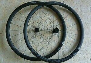 NEWMEN Evolution SL R32 DISC Laufradsatz CUBE Rennrad Cyclocross Gravel * NEU