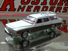 1975 BUICK ESTATE WAGON LIMITED EDITION ADULT COLLECTIBLE 1/64 LAND YACHT WHITE