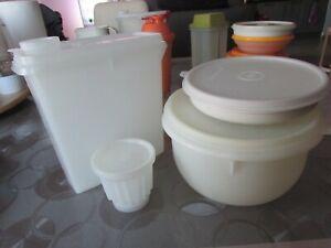 Lot de boites tupperware blanc