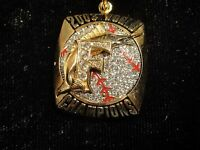 2003 FLORIDA MIAMI MARLINS WORLD SERIES CHAMPIONS CHAMPIONSHIP RING TOP PENDANT