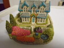 Fraser Creations #192 Laurel Bank Figurine
