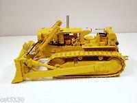 Caterpillar D9E Crawler w/ Hyd Blade - 1/25 - First Gear #49-3172 - MIB