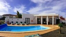 Villa rental in Playa Blanca, Lanzarote - wifi, heated pool, Air-Con