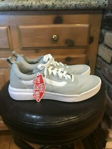 MENS NEW VANS ULTRARANGE RAPIDWELD METAL. SIZE 8.5.  SUPER RARE COLOR