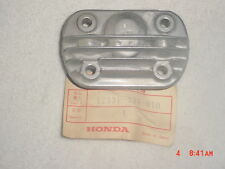 NEW NOS OEM HONDA RIGHT CYCLINDER HEAD SIDE COVER FOR A CA160, CA175