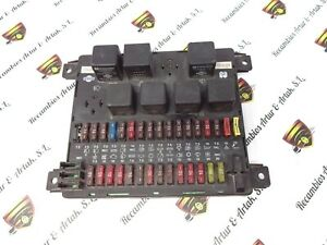 Caja de fusibles /Sicherungskasten  Nissan TRADE 24063G4901 24063-G4901