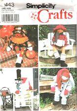 Simplicity 9443 OOP Vintage Holiday Greeters Pattern