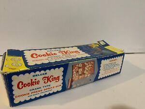 VTG Nodic Ware Deluxe Cookie King Crank Type Cookie Press Spritz Gun Box w/Discs