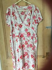 SIZE 12 PRETTY  SHORT TEA DRESS WITH PINK ROSES
