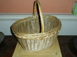 wicker shopping basket veg storage picnic traditional