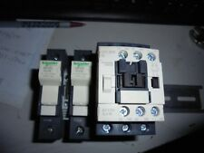 Schneider Electric LC1D09BL 24VDC 3 Pole Contactor w/ 2- DF101 Fuse Holders