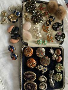 Lovely Collection Assorted Vintage 1950s/60s/70s  CLIP ON EARRINGS
