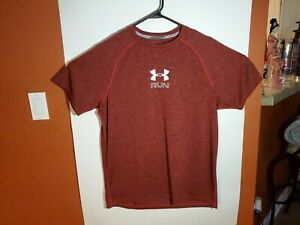 Under Armour Run Heat Gear Fitted Athletic T Shirt Mens Large L Red Lightweight