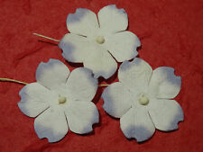 50 x WHITE/LILAC 30mm paper FLOWERS MPFF35 Card Scrapbooking Embellishment