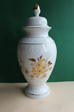 Deckelvase von Gilde Porzellan mit Goldverzierungen von Hand, Höhe 39 cm