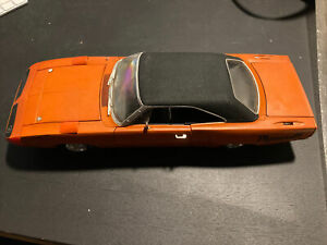 Vintage Ertl 1970 Plymouth Superbird  Superbird Diecast car 1/18 scale Orange