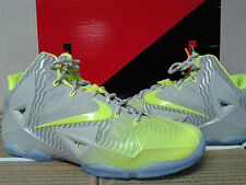 NIKE LEBRON JAMES XI MAISON DU COLLECTION..MTLC LUSTR/VOLT/ ICE.. SIZE 11