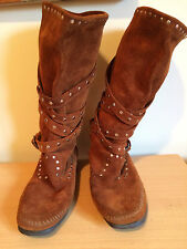 Mukluks Minnetonka Moccasins Suede Boots Cross Straps w Studs Womens