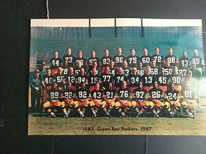 """1967 Green Bay Packers Giant Color 6' x 9"""" Original Color Postcard"""