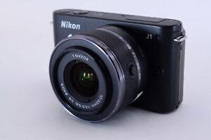 [Excellent] Nikon 1 J1 Numérique Caméra Noire Corps W/Nikkor 10-30mm Lentille (