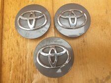 3 Genuine Toyota Auris Hybrid 62mm Alloy Wheel Centre Caps x3 GREY