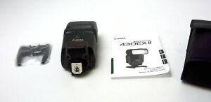 Canon 430EX II Speedlite Shoe Mount Camera Flash with Case ,Stand Used ,Clean
