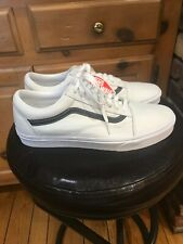 MENS NEW VANS OLD SKOOL LEATHER POP. TRUE WHITE BLACK. SIZE 12. LIMITED EDITION