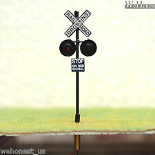 8 x OO or HO Scale Railroad Crossing Signals LEDs made + 4 Circuit board flasher