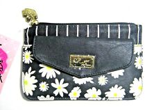 BETSEY JOHNSON LBFLAPPY POUCH PACKET TOP ZIP Floral Wallet Wristlet