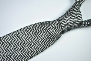 TOM FORD Tie MADE IN ITALY 100% Silk Black/White Color L60 W3.5