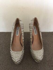 Steve Madden high heels beaded wedding shoes size 6