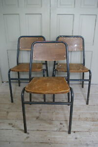 RETRO VINTAGE STACKING SCHOOL CHAIRS / STEEL & WOOD / CHILD SIZED CAN HOLD ADULT