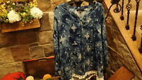 NWT Calessa Womens Blue White Shirt Top Blouse Size XL extra large Pretty    $69
