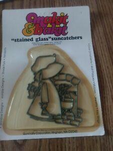 Girl w Bonnet Makit Bakit Make It Bake It Stained Glass Suncatcher Vtg NOS