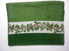 "Christmas Fingertip Towel, ""Holly Leaves & Berries"", 11""x18"""