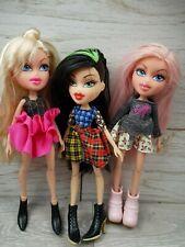 Bratz Selfies snaps Cloe Sasha & 1 more 2015 dolls Job lot with extra clothes