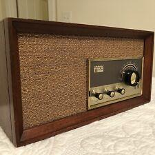 New ListingVintage 1960's Arvin Tube Am/Fm Table Top Radio