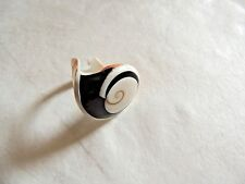 """Vintage Classic Exquisite """"Multi Colored Carved Sea Shell"""" Ring"""