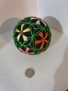 Flower garden TEMARI 3 Inch Round Ball black base