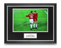 Solskjaer & Sheringham Signed 16x12 Framed Photo Display Man Utd 1999 Autograph