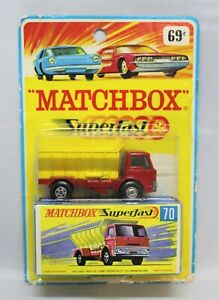 "Matchbox Lesney Superfast No70 FORD GRIT TRUCK "" MEGA RARE CARD + MIXED WHEELS """