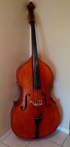 Bass-Upright