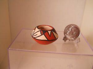 dollhouse miniature pot Native American SW