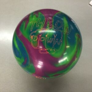 Columbia 300 Throw Down Bowling ball   1ST QUALITY 16 lb  new in box