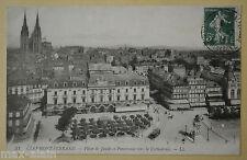 """CPA """" CLERMONT-FERRAND - Place de Jaude et Panorama vers la Cathédrale"""