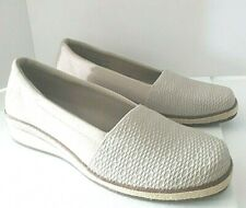 Size 8 Wide Grasshoppers Ortholite Beige Wedge Slip-On- Shoes Women