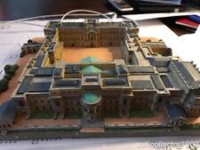 Buckingham Palace by Danbury Mint Castles Of The British Monarchy