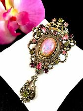 1960'S SARAH COVENTRY GOLDTONE CONTESSA PINK FIRE OPAL RHINESTONE BROOCH PENDANT