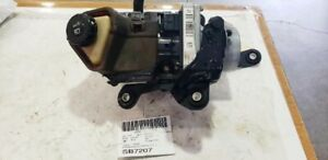 2013 Nissan Altima Sedan Power Steering Pump Assembly